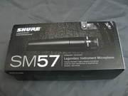 Продам динамический микрофон SHURE SM57